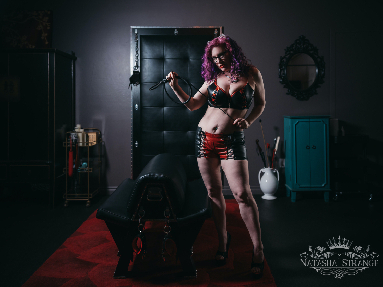 Portland Dominatrix Kitten With A Whip
